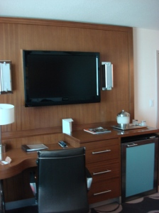 TV, Desk and Mini-Bar
